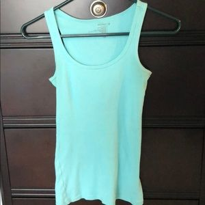 Old Navy ribbed turquoise tank top. Size XS